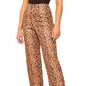 NWT Reformation Noble Crop Pants in Leopard Print